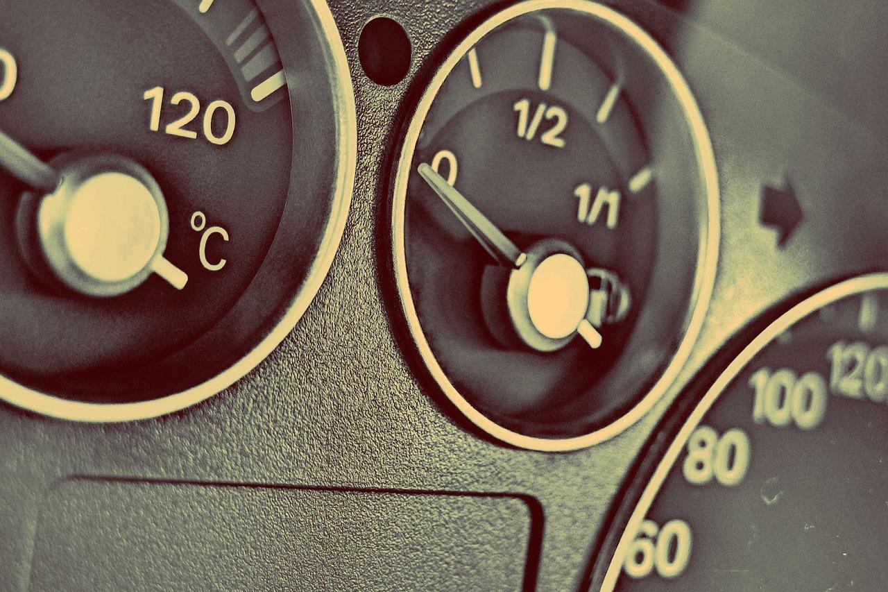 car-fuel-gauge